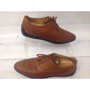 TODS | Caramel lace up oxfords
